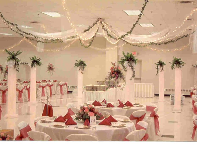 Dekorasi Pernikahan Classic-Traditional-Wedding-Decor-Ideas-2 Pict