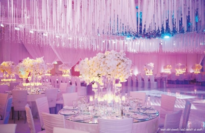 Dekorasi Pernikahan Glamour-And-Luxury-Wedding-Decoration Pict