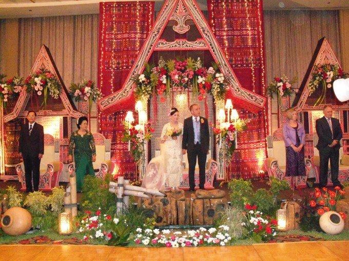 Dekorasi Pernikahan Tema Adat Batak Pict